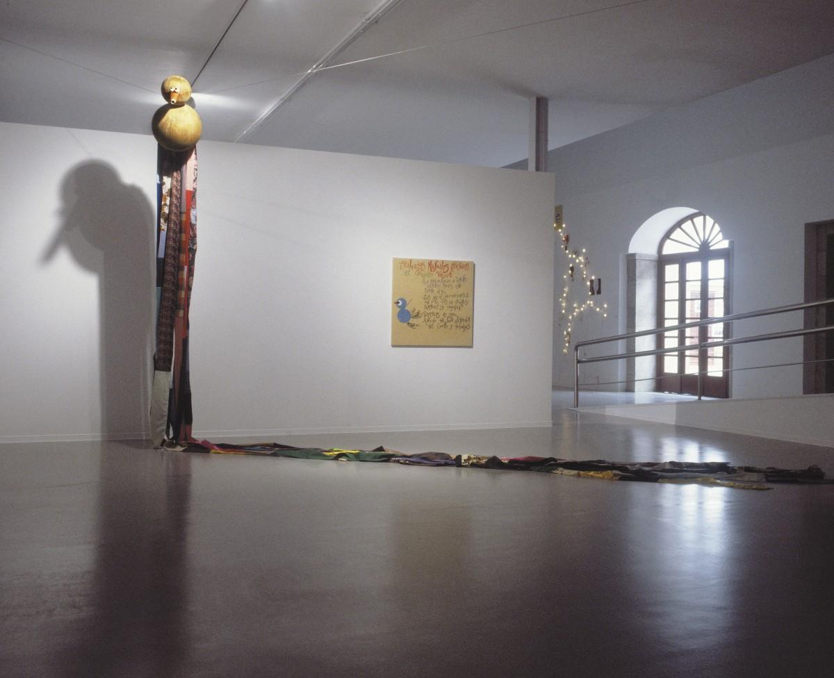 Pegando el culo a la brasa. Centro Torrente Ballester. Ferrol.2003
