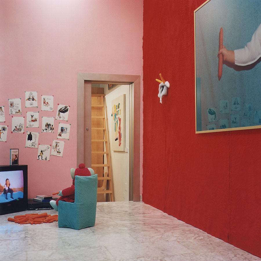 Mi niña está ansiosa, 1995. Vídeo intalación en la Galería Espacio Mínimo de Murcia. Colección Fundación Arco.