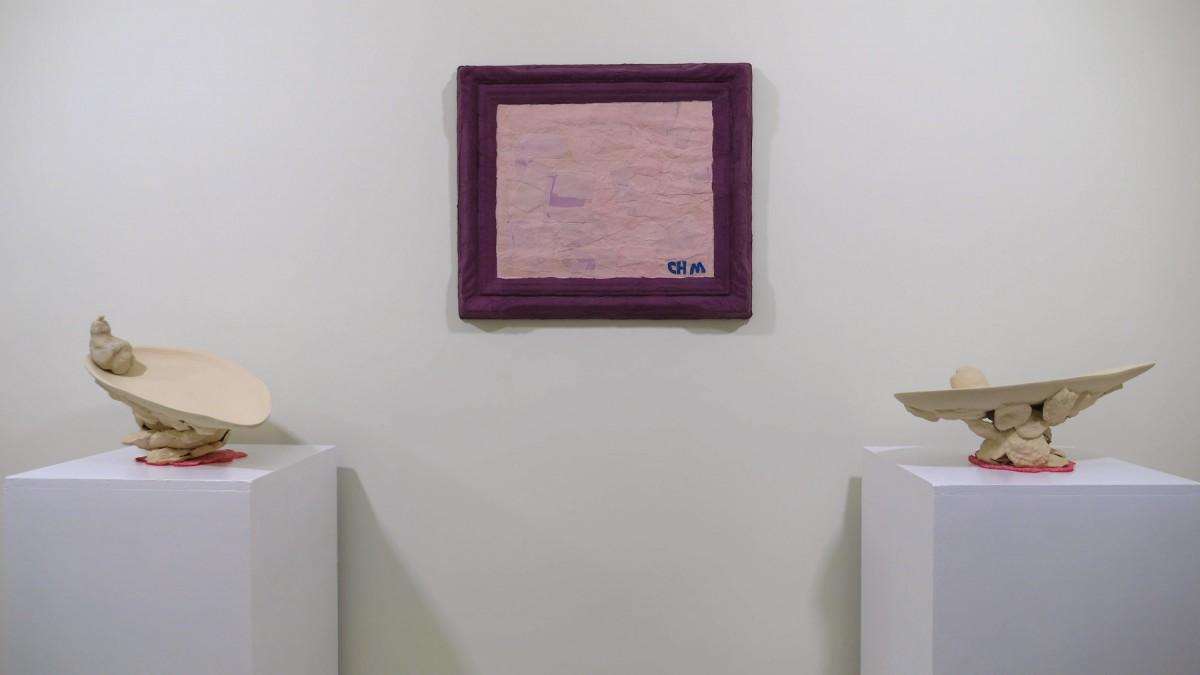 """""""Monocromo rosa""""; """"Solitaria (I)(II)"""". Galería Siboney."""